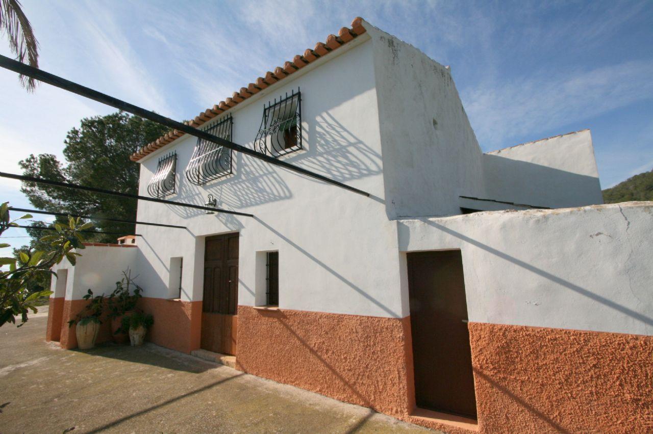Landhaus in wunderschöner Lage zwischen Altea und La Nucia zu verkaufen
