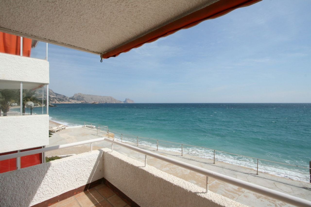 Schönes Appartement in Altea direkt am Meer in 1. Linie!