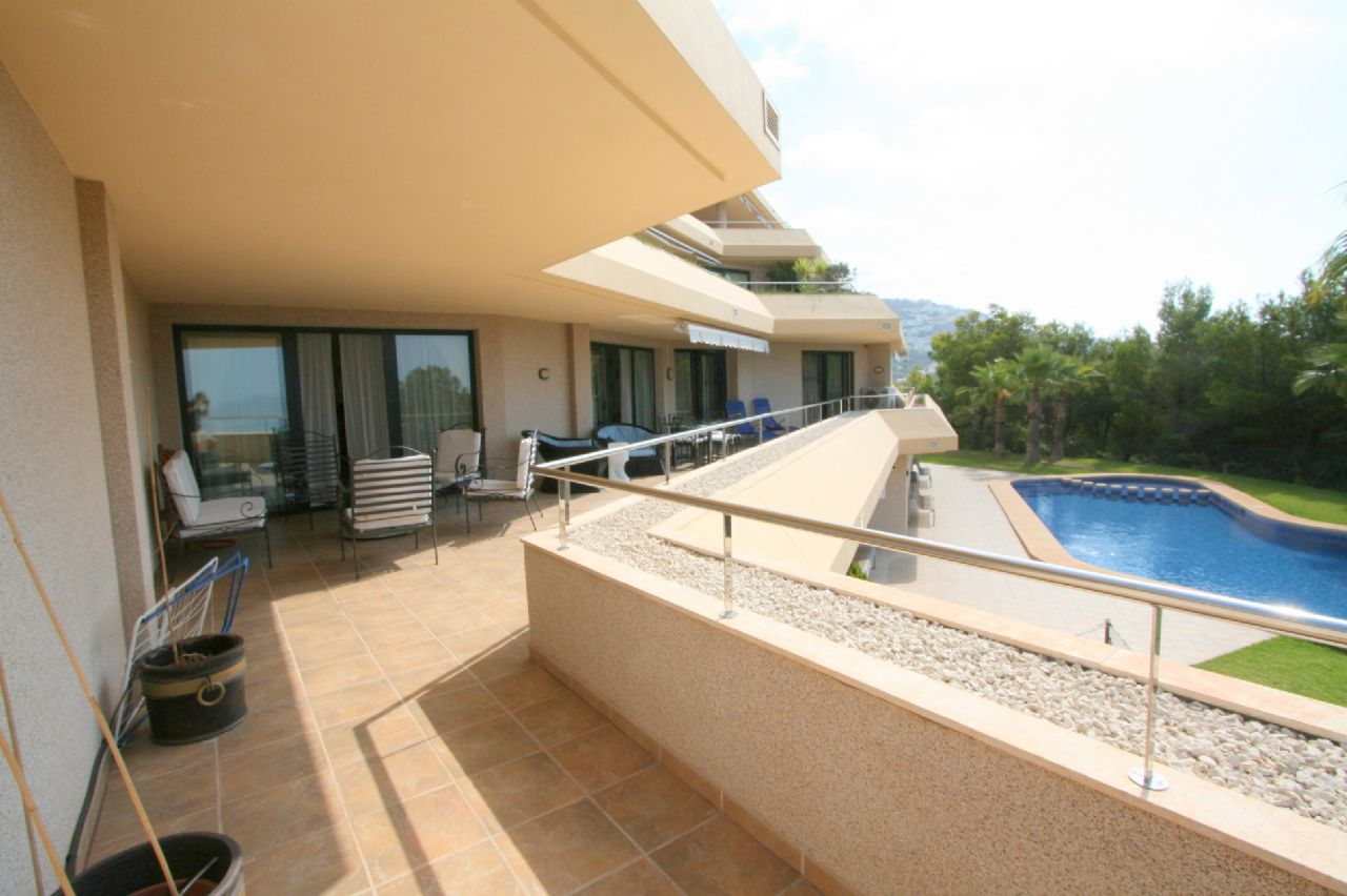 Luxury apartment for sale in Villa Marina Golf Altea