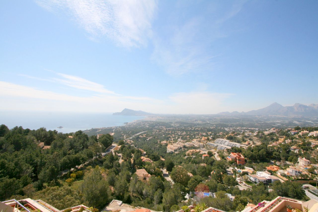 Fantastic Penthouse with breathtaking seaviews in Altea for sale