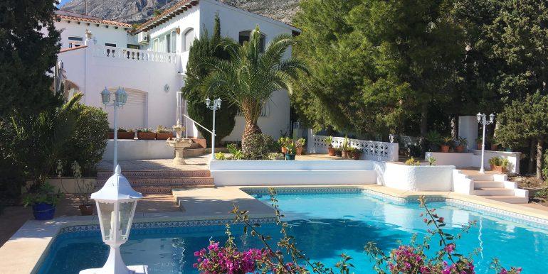 3102-1-holiday-let-villa-in-altea-la-vella-private-pool-garden-elena-hills