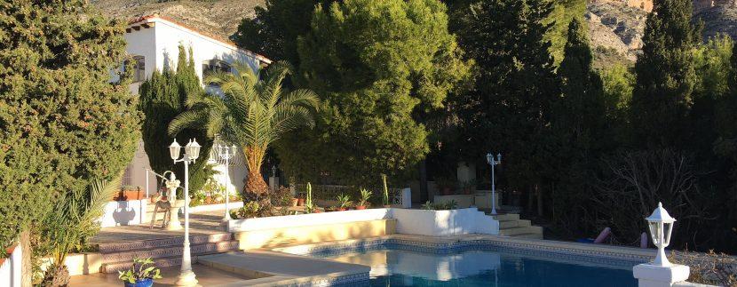 3102-33-holiday-let-villa-in-altea-la-vella-private-pool-garden-elena-hills